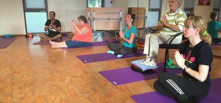 Heerlijk ontspannen bij yoga