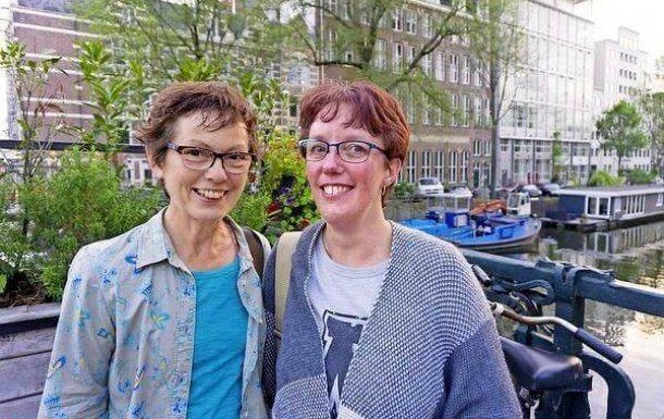 Buurtmaatjes: Yfke en Joyce